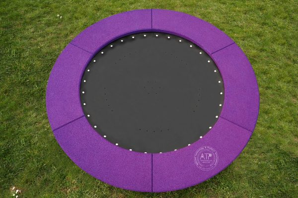 Produktfoto Bodentrampolin rund mit violettem EPDM Fallschutz