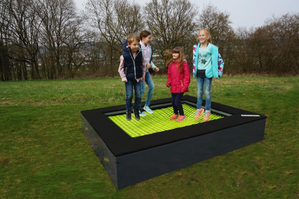 trampolin 2012 zum aufstellen oder eingraben universal bodentrampolin. Black Bedroom Furniture Sets. Home Design Ideas